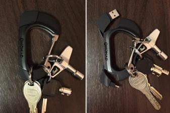iPhoneの充電ケーブルになるカラビナ「NomadClip」が鍵も一緒に持ち運べてめっちゃ便利